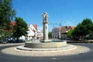 Glasmacherbrunnen am Bahnhof